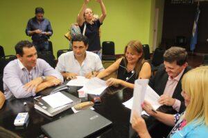 Inédito: Misiones discutirá paritarias docentes para dar el primer aumento salarial en enero
