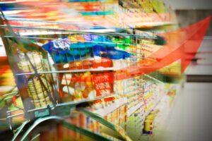 Remarcados: la inflación de los alimentos en el supermercado del mundo