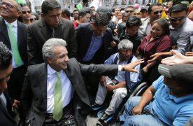 Ecuador también recurrió a un plan de salvataje del FMI a cambio de un fuerte plan de ajuste