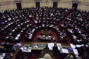 Casi uno de cada cuatro legisladores en el mundo es mujer