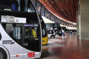 Disminuyó 37% la cantidad de pasajeros de micros de larga distancia