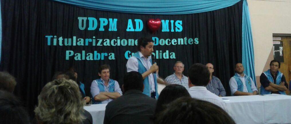 En San Pedro entregaron resoluciones de Titularización y certificados a delegados escolares