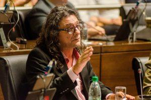 Fuerte contrapunto en la Legislatura por el despido de médicos comunitarios que hizo la Nación