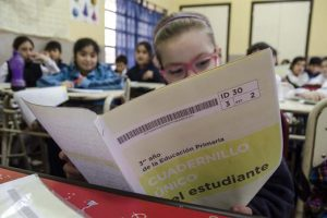 Aprender 2017: siete de cada diez estudiantes de 4º grado obtuvieron buenos resultados en producción escrita