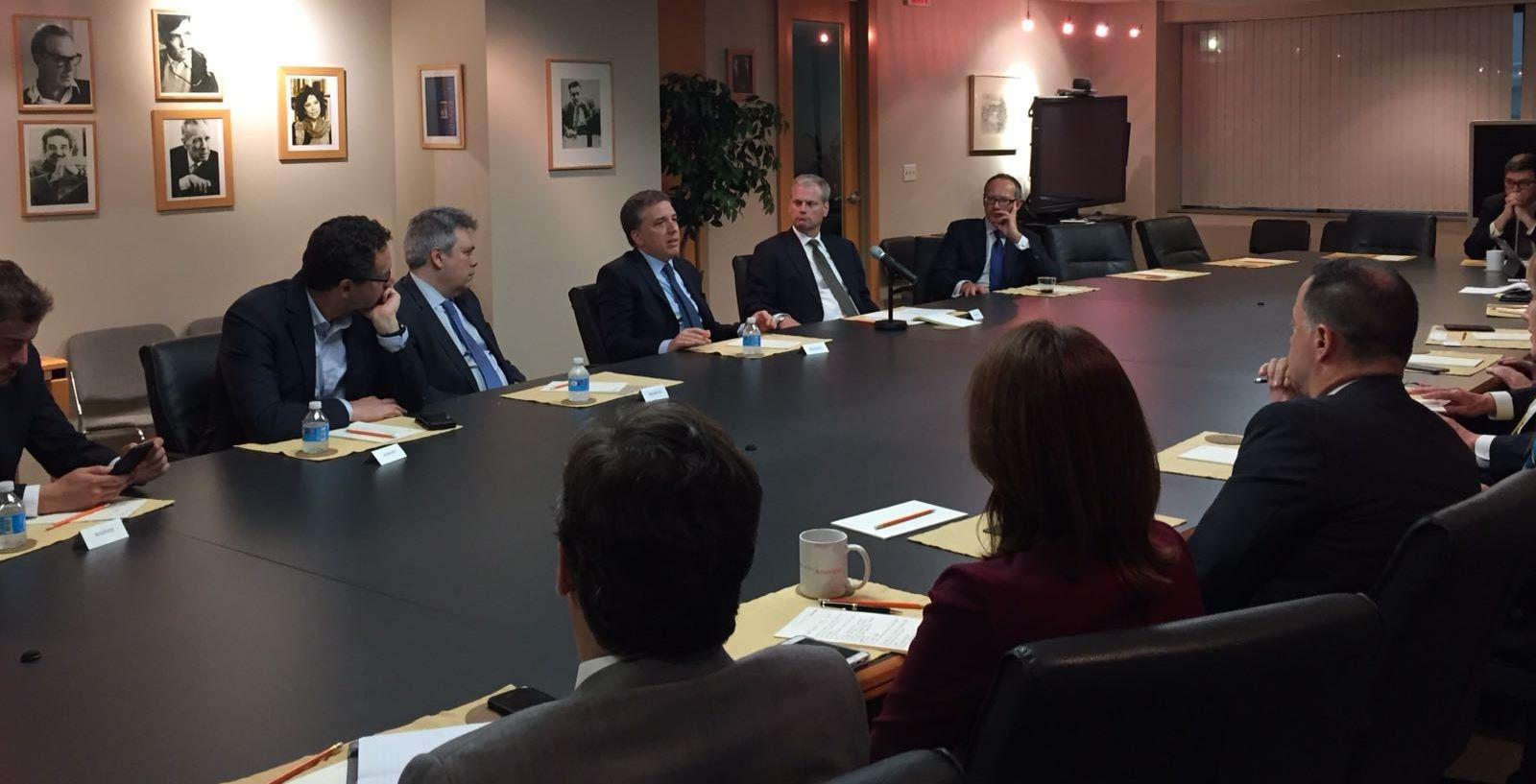 Dujovne viajó a la asamblea anual del Fondo Monetario Internacional (FMI) y del Banco Mundial (BM)