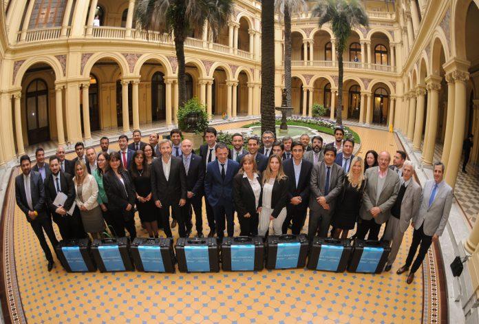 Nación y Provincias firmaron convenio para garantizar el derecho a la identidad