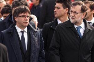 Cataluña: Puigdemont amenazó con la independencia y Rajoy activa la intervención