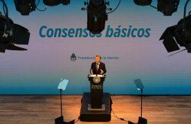 El lunes Macri reunió a gobernadores, jueces, sindicalistas y empresarios y propuso empezar con una nueva etapa. El mensaje fue que si seguimos así, la Argentina va a chocar (hay que bajar el déficit)
