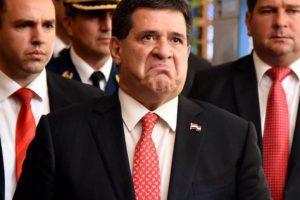 Paraguay, llora el teléfono