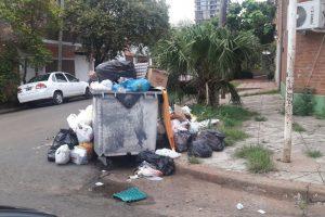 Comenzaron a sancionar a empleados por la falta de recolección de la basura en Posadas