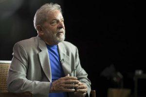 Lula da Silva encabeza las encuestas en Brasil