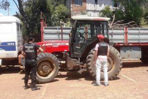 La Policía recuperó un auto y un tractor robados en Brasil