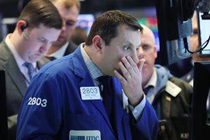 Otra vez cayó Wall Street