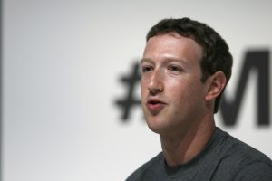 Zuckerberg reconoció que Facebook violó la privacidad de sus usuarios