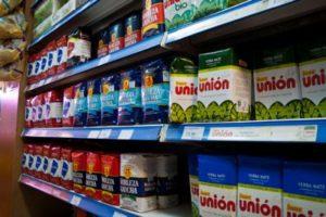 Supermercados chinos y productores acordaron vender yerba a bajo precio
