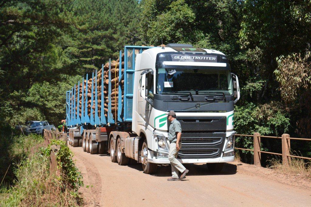 Combustibles: sube el costo de logística en el transporte