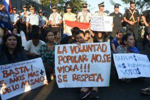 Paraguay: denuncias por fraude y protestas frente al Tribunal Superior de Justicia Electoral