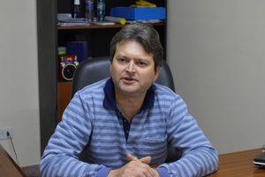 Con salarios al día, el intendente de Cerro Azul se bajó un 25% su sueldo de $29.000 para «dar un gesto a los vecinos»