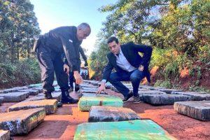Narcos resistieron a los tiros con la policía de Misiones y abandonaron más de seis toneladas de marihuana