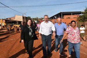 Passalacqua recorrió obras y prometió una calle paseo en Iguazú