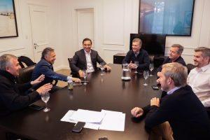 Macri se reunió con la mesa política y Gobernadores de Cambiemos