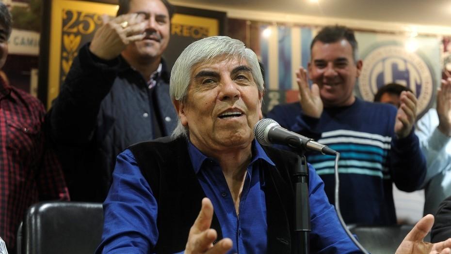 """Moyano afirmó que Macri quiere """"destruir"""" a los gremios """"para que no defiendan a los trabajadores"""""""