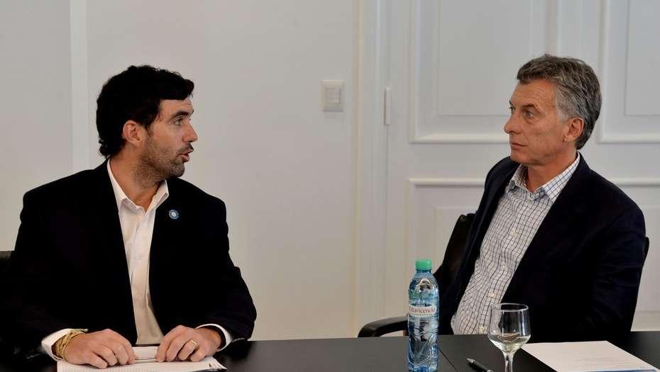"""El Gobierno relanza los créditos para jubilados y beneficiarios de la AUH y le cambiará el nombre de """"Argenta"""""""