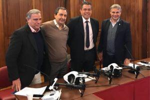 La Asociación Antipiratería le donó dos drones al Ministerio de Seguridad para combatir el comercio ilegal