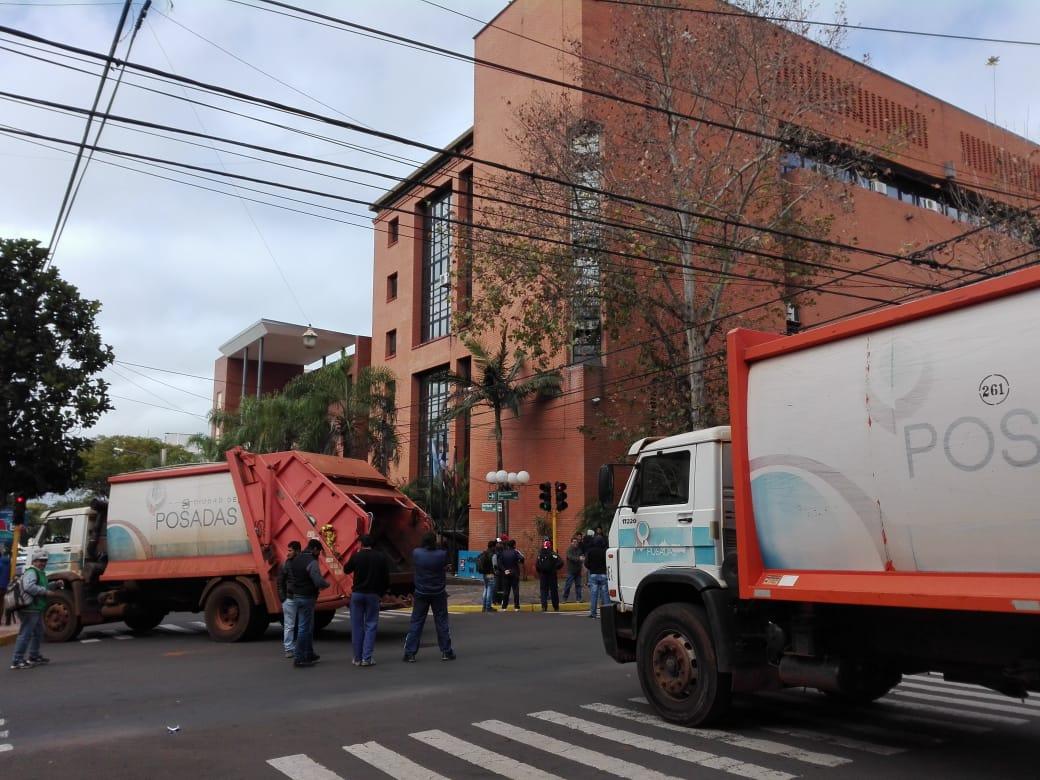 Ministerio de Trabajo dicta conciliación obligatoria y empleados municipales de Posadas volverían a sus tareas