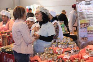 Exitosa utilización del centro de cobro de la Ademi en la Expo Mujer