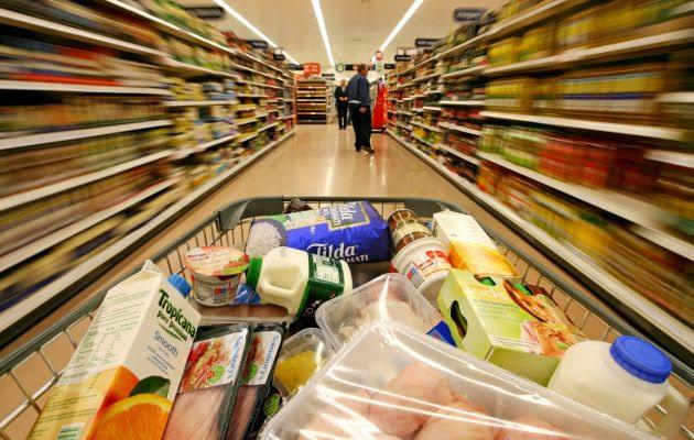 Consumo: 12 meses de caída en las ventas en supermercados y shoppings