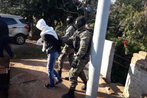 """Capturaron a presunto """"contacto local"""" y hallaron una escopeta utilizada por la banda que atacó a la UPII"""
