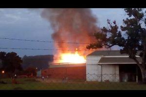 Incendio afectó el secadero de la empresa Piporé