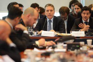 Dujovne en Diputados: Enfrentamientos y campaña electoral