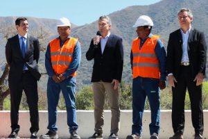 Macri y Etchevehere inauguraron obras para la reconversión productiva del área tabacalera de Salta