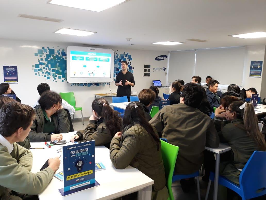 Tres escuelas de Misiones pasaron a la etapa de cocreación del certamen Soluciones para el Futuro de Samsung