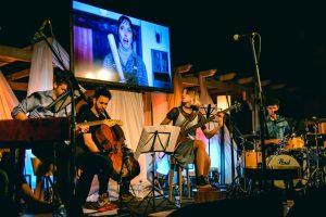 Comfort y Música Para Volar en la Sala Mandové