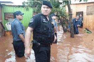 Fuerte temporal dejó varios barrios inundados en Posadas y en Garupá