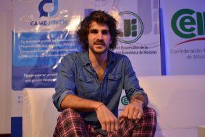 """El veinteañero que hizo millones creando los pantalones Elepants: """"La clave es confiar en tu idea"""""""