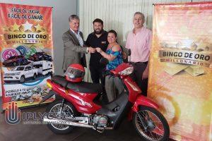 Posadeña se ganó una moto del Bingo de Oro Millonario