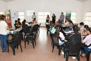 La EBY y el Ministerio de Desarrollo Socialcapacitaron a 30 emprendedores