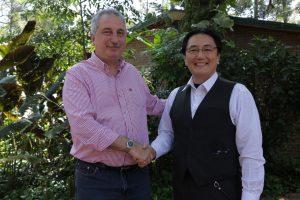 Passalacqua recibió a inversores japoneses que producen té verde y matcha a escala internacional