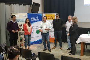 Aguas Misioneras y Salud Pública capacitan a laboratorios de Eldorado y Oberá, en análisis microbiológico de agua potable y envasada