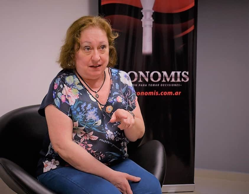 """""""Las Regiones son una construcción histórica y deben comprenderse en su contexto"""", afirmó Silvia Ospital"""
