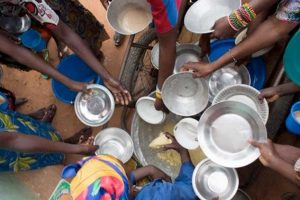 Argentina está entre los tres países de la región donde más aumentó el hambre, según la FAO