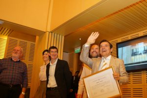"""Rovira fue distinguido como """"graduado destacado"""" por la Universidad Nacional de Misiones"""