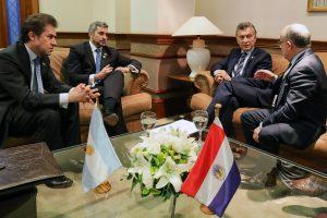 Argentina y Paraguay habilitarán un nuevo paso fronterizo por Yacyretá