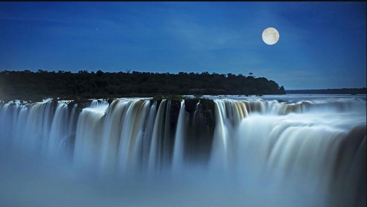 Tradición guaraní, cocina autóctona y otras razones para descubrir y elegir la naturaleza de las Cataratas del Iguazú