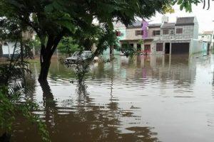 """Miles de evacuados y Macri resignado: """"Tendremos que acostumbrarnos a las inundaciones…"""""""
