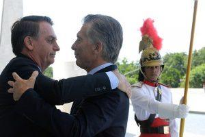 """El viaje de Bolsonaro a Argentina trae a la mesa una reforma del Mercosur y Garabí, la """"nueva Itaipú"""""""